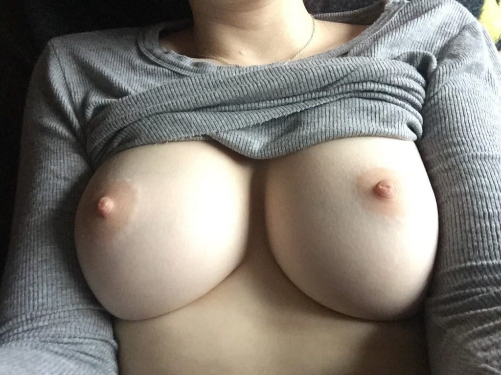 gros seins nudes snap
